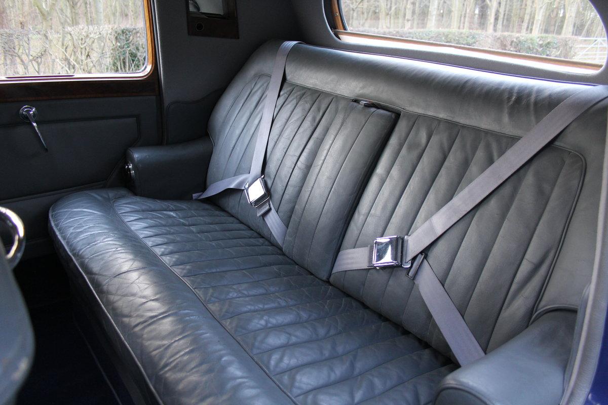 1949 Bentley MKVI Standard Steel Saloon For Sale (picture 8 of 12)