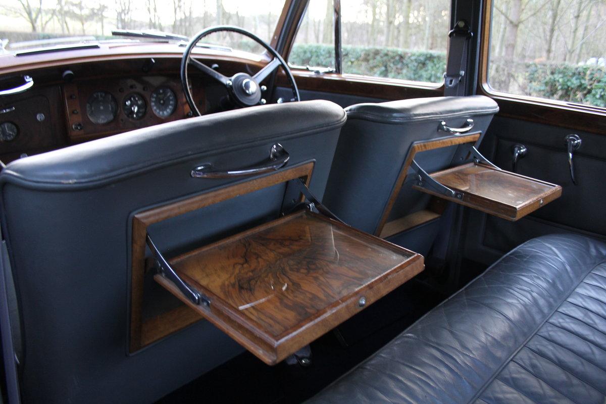 1949 Bentley MKVI Standard Steel Saloon For Sale (picture 9 of 12)