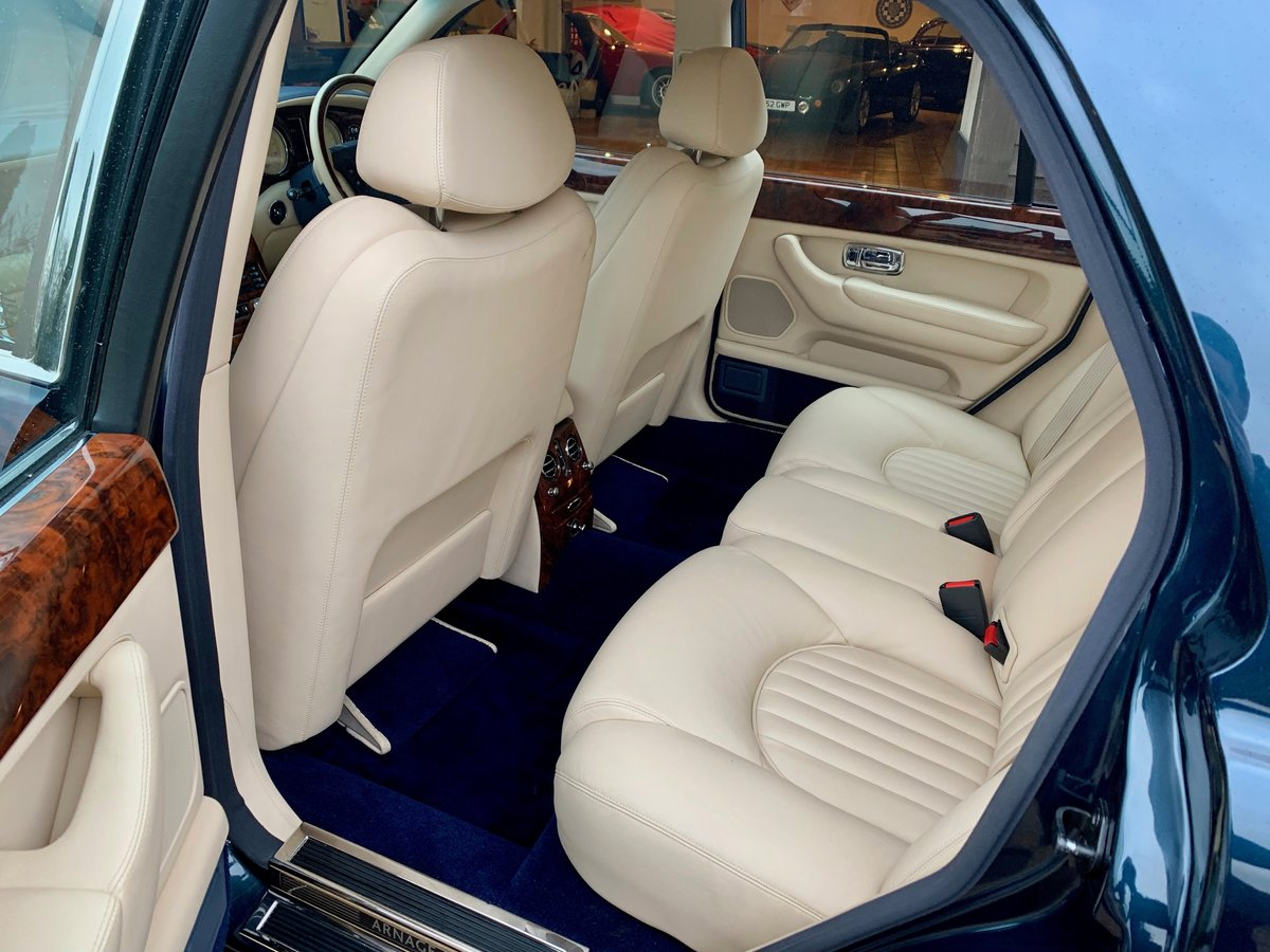 2001 BENTLEY ARNAGE RED LABEL, ONE OWNER 50,000 MILES FROM NEW! For Sale (picture 4 of 6)