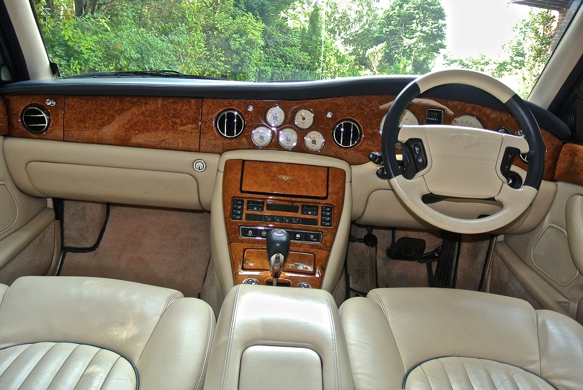 2000 BENTLEY ARNAGE T 6.7   For Sale (picture 7 of 12)