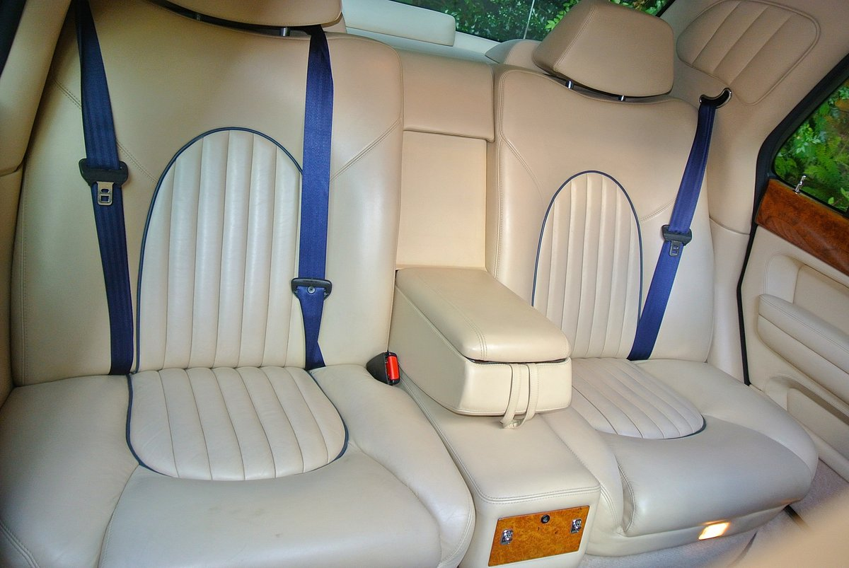2000 BENTLEY ARNAGE T 6.7   For Sale (picture 10 of 12)
