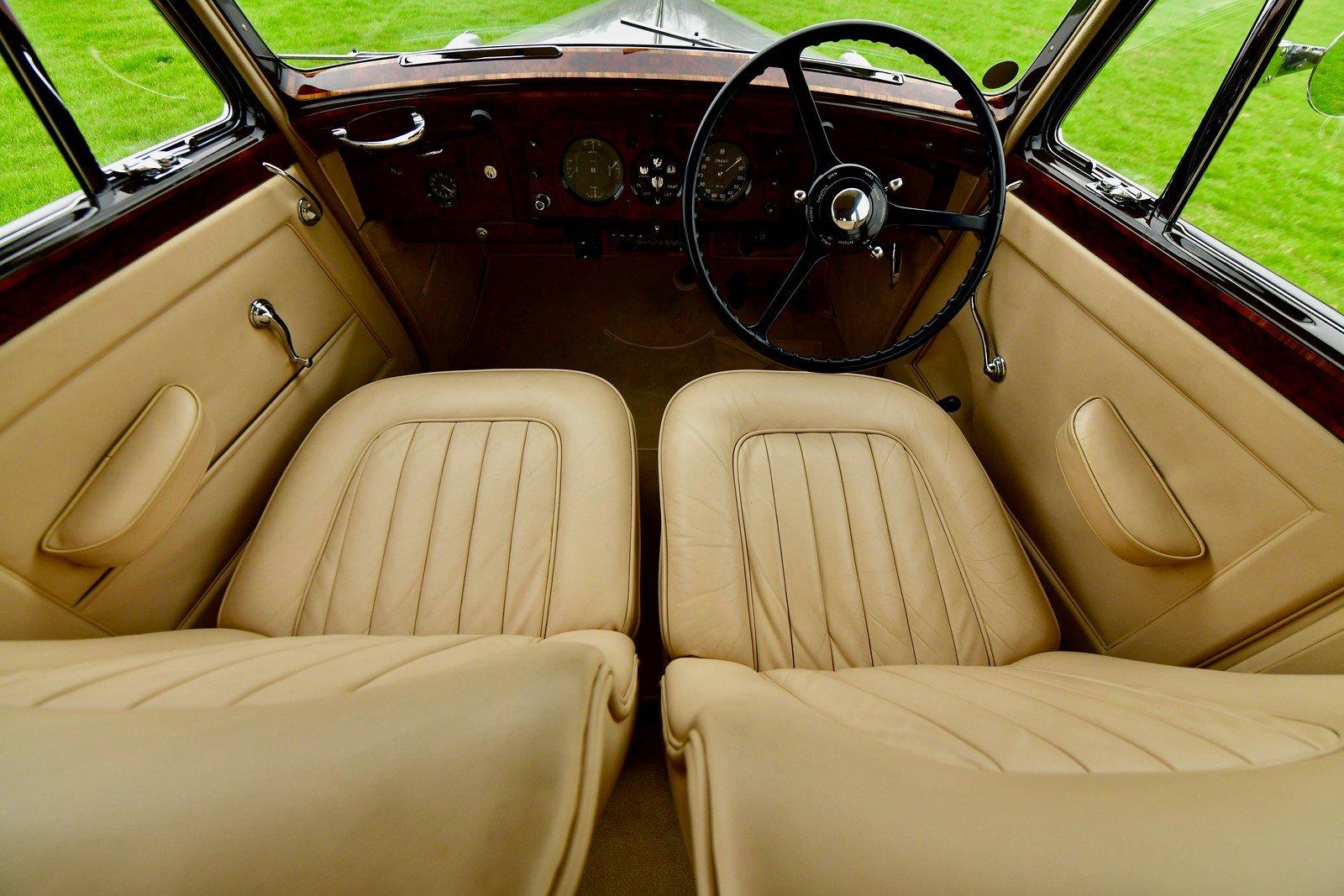 1950 Bentley Mark VI SOLD (picture 4 of 6)