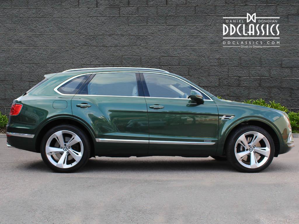 Bentley Bentayga V8 2018 (RHD) For Sale In London For Sale