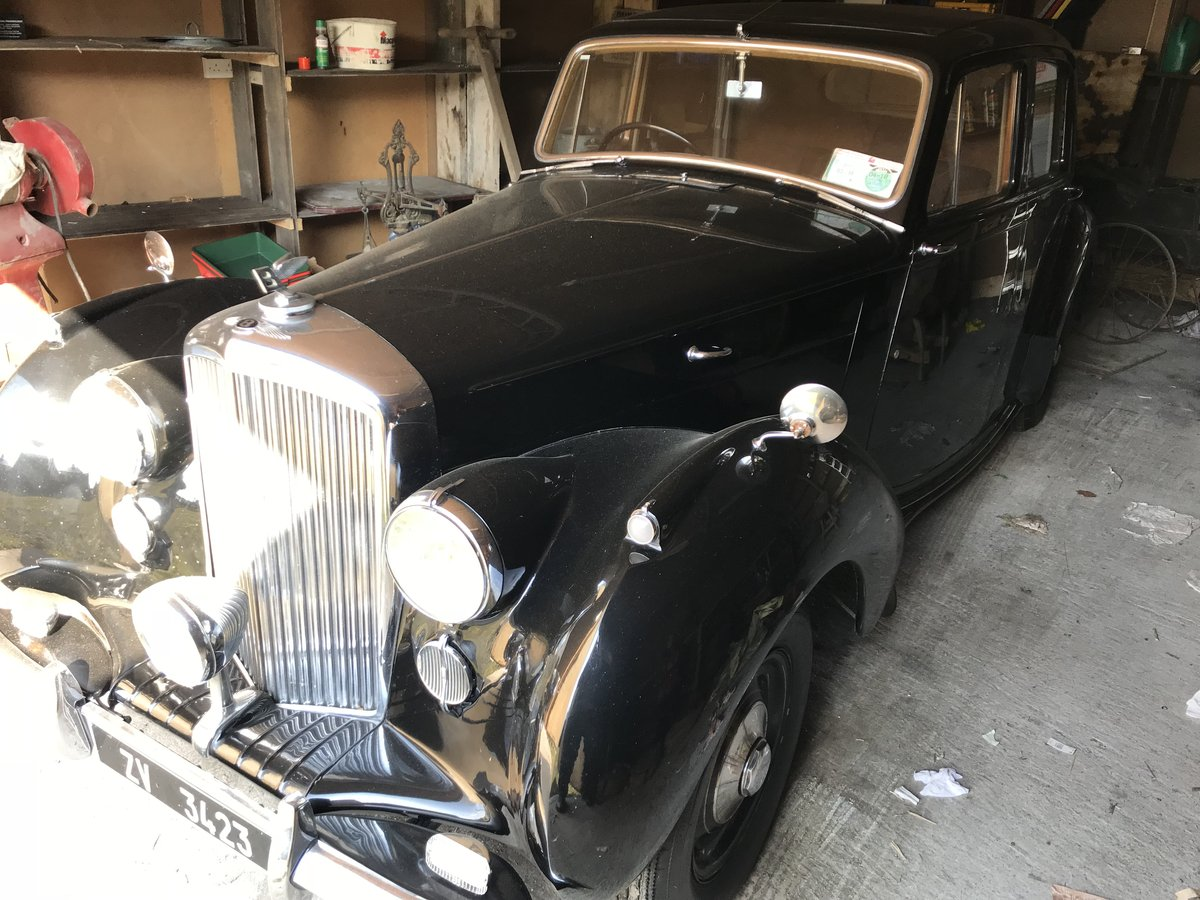1947 Bently Mk VI steel bodied saloon For Sale (picture 1 of 6)