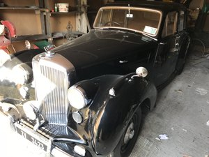1947 Bently Mk VI steel bodied saloon For Sale