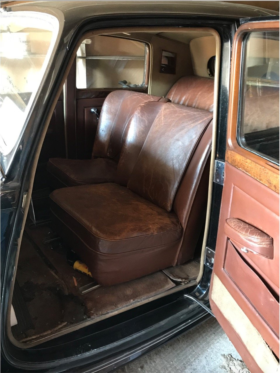 1947 Bently Mk VI steel bodied saloon For Sale (picture 4 of 6)