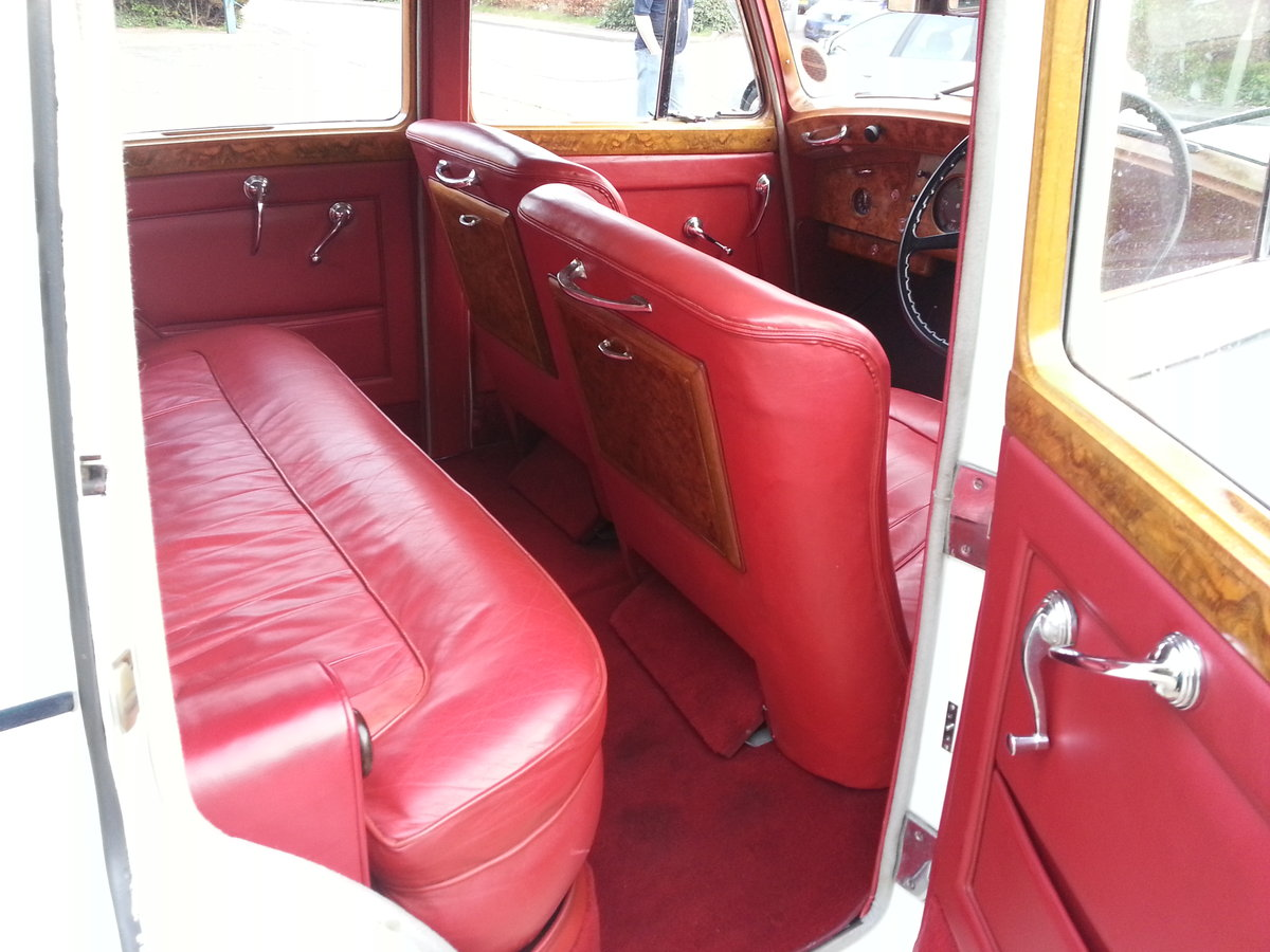 Bentley Mk 6 (1951) For Sale (picture 2 of 6)