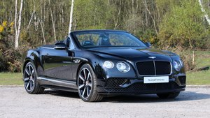 Picture of 2017 Bentley GTC V8S Mulliner SOLD