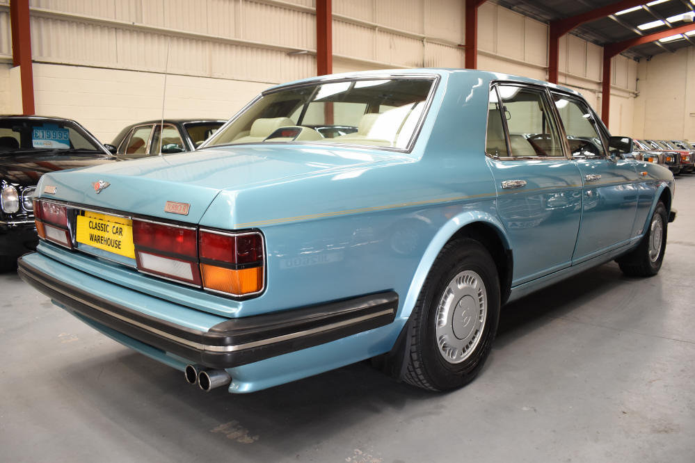 1991 Great looking car with superb service history For Sale (picture 2 of 6)