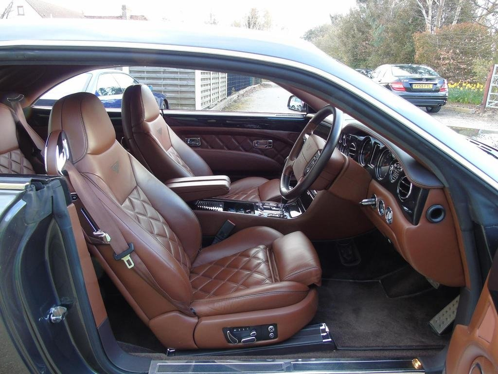 2008 Full BENTLEY History x12 For Sale (picture 4 of 6)