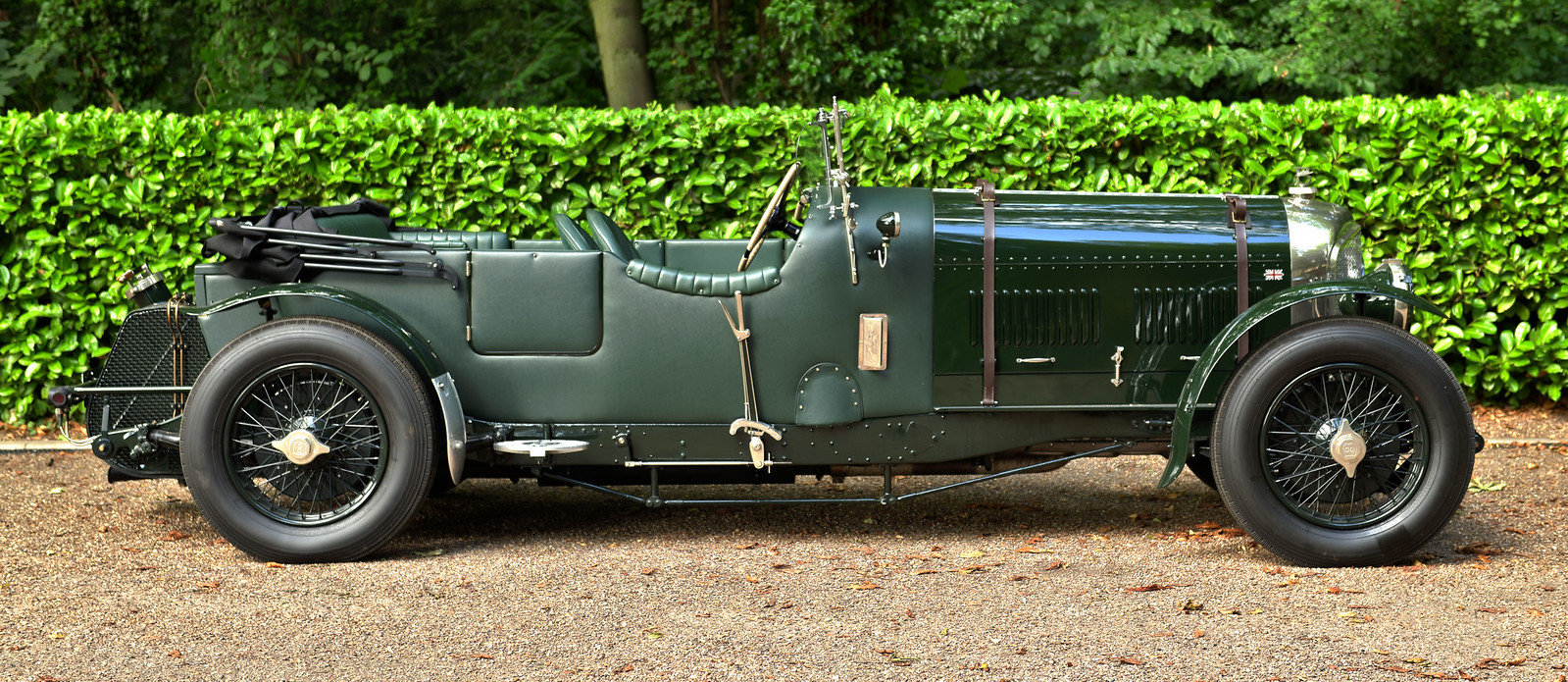 1949 Bentley Speed Eight by Racing Green For Sale (picture 2 of 6)