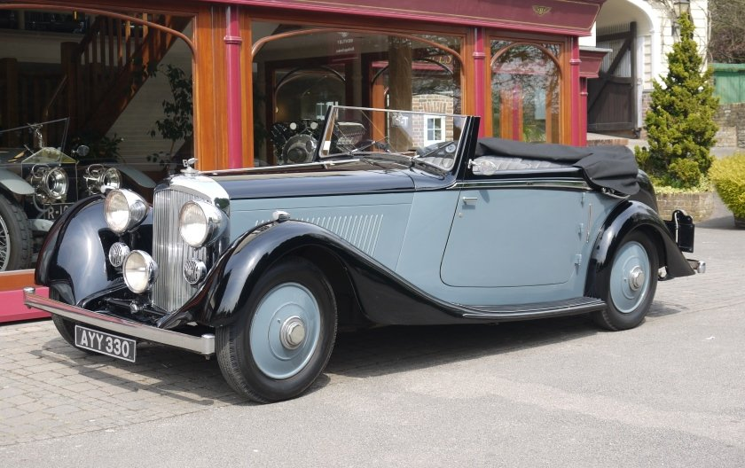 Bentley 3 ½ litre 1934 Drophead Coupe by Barker For Sale (picture 1 of 3)