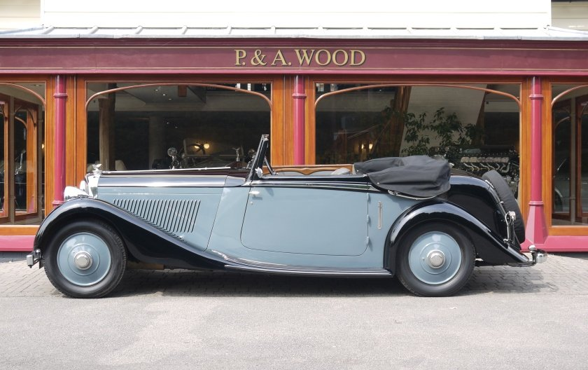Bentley 3 ½ litre 1934 Drophead Coupe by Barker For Sale (picture 2 of 3)