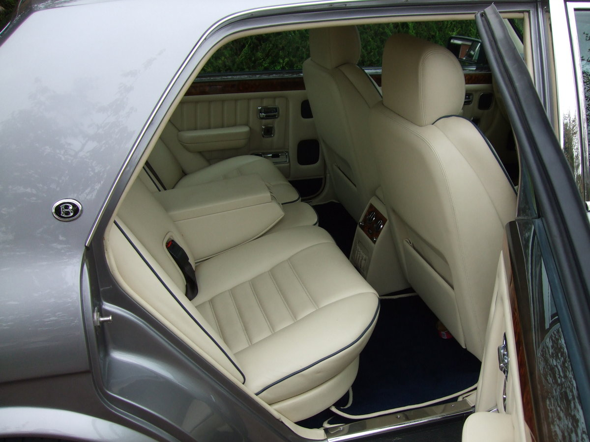 1997 R Reg BENTLEY BROOKLANDS SILVER ONLY 44,000 M For Sale (picture 2 of 6)