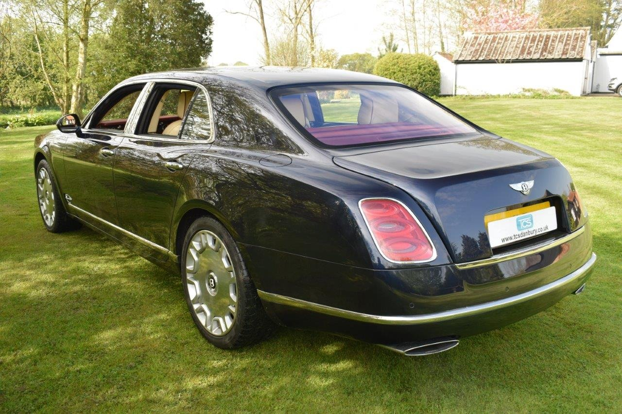 2011 Bentley Mulsanne 6.8 Saloon Automatic SOLD (picture 2 of 6)