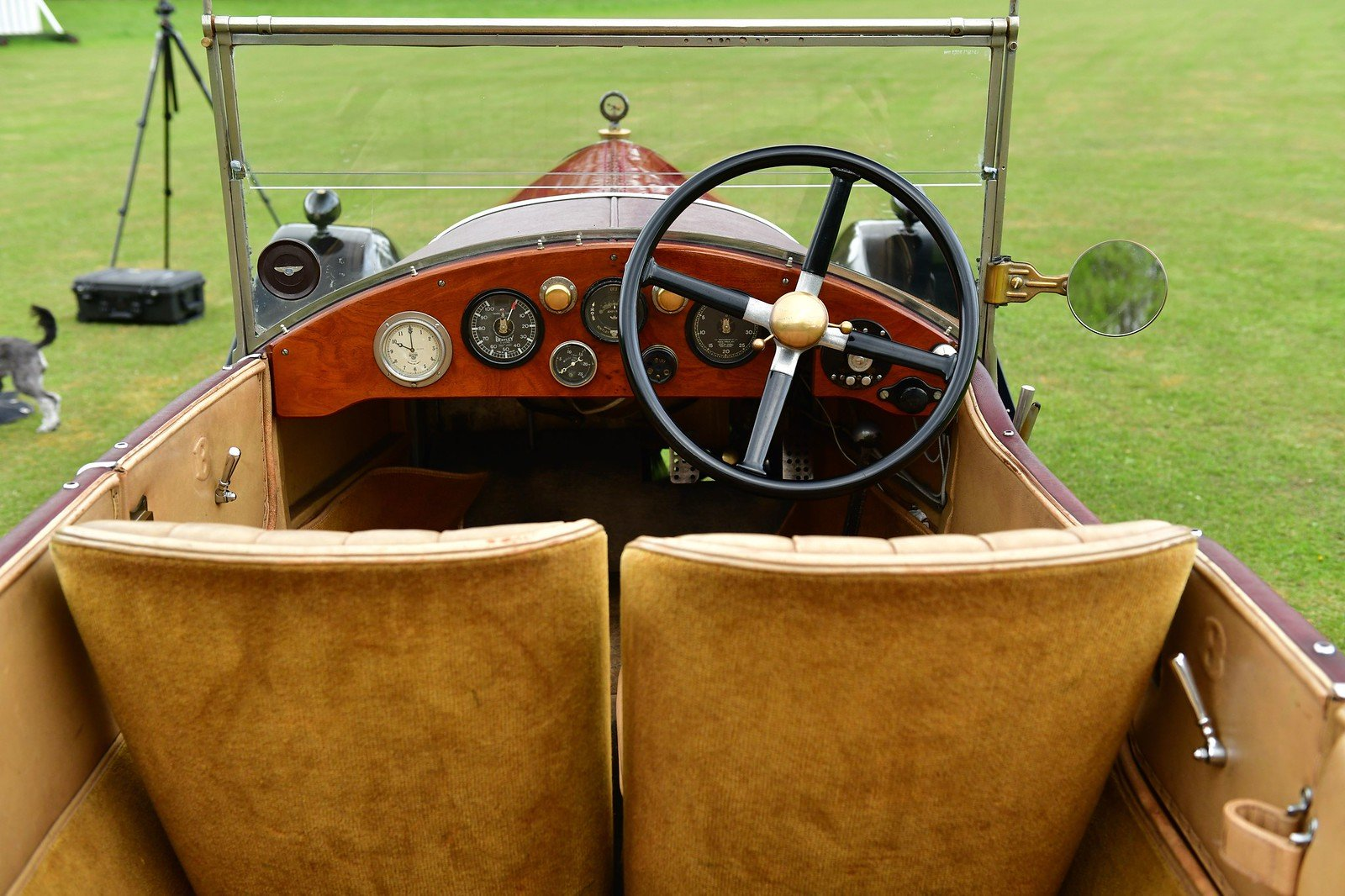 1926 Bentley 3 litre with Vanden Plas Style Body For Sale (picture 4 of 6)