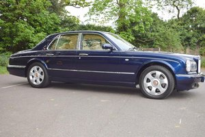 2000 W Bentley Arnage Red Label in Peacock Blue For Sale