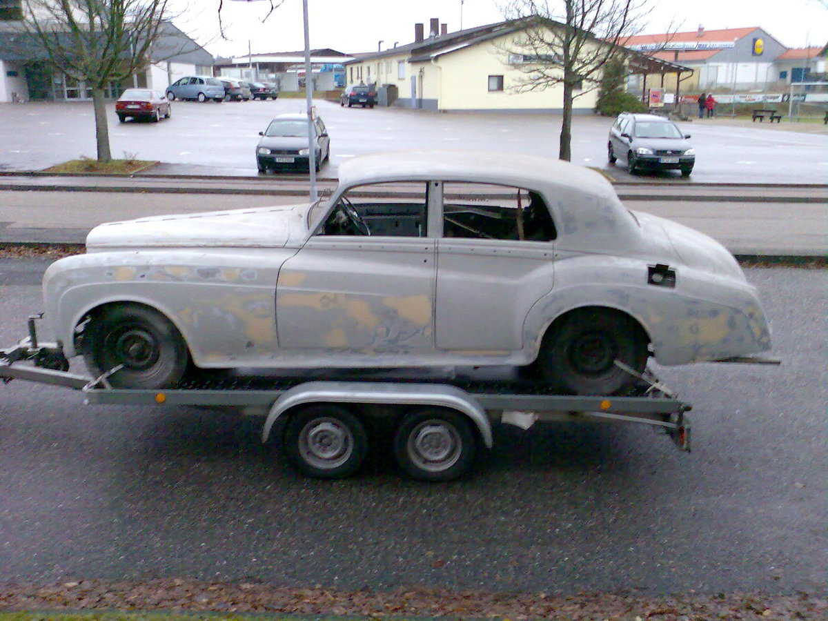 1962 Early Bentley S3 Saloon for Restauration For Sale (picture 2 of 6)