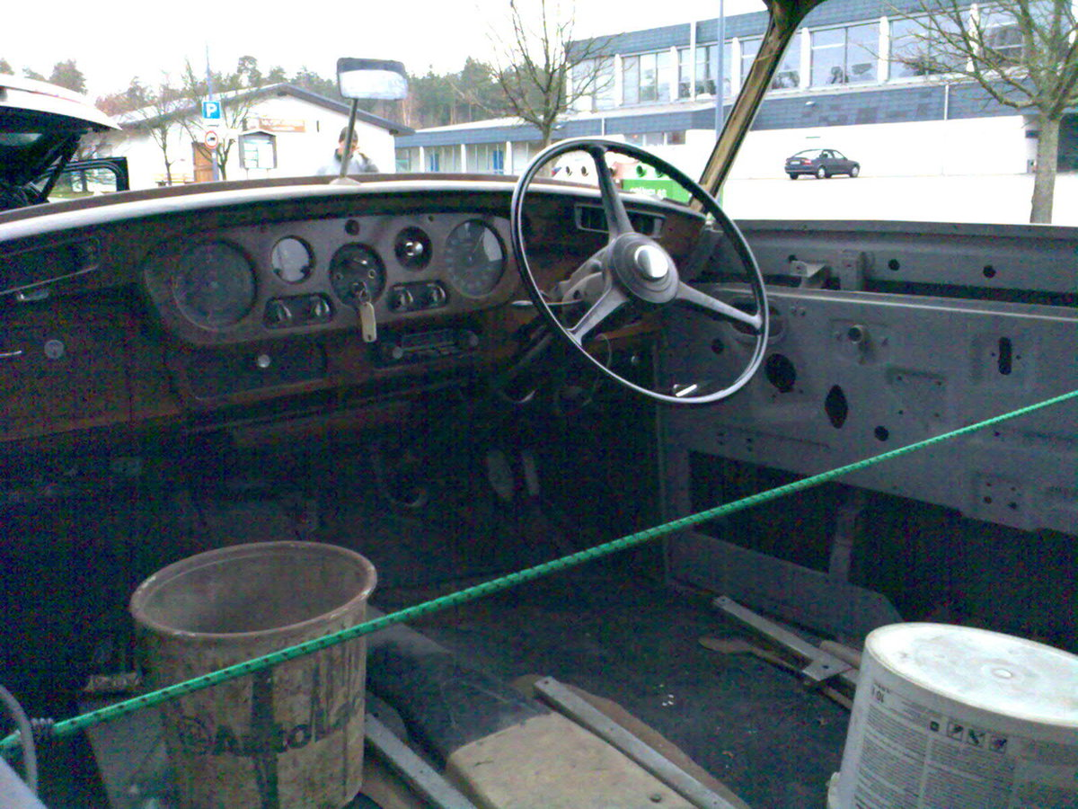 1962 Early Bentley S3 Saloon for Restauration For Sale (picture 4 of 6)