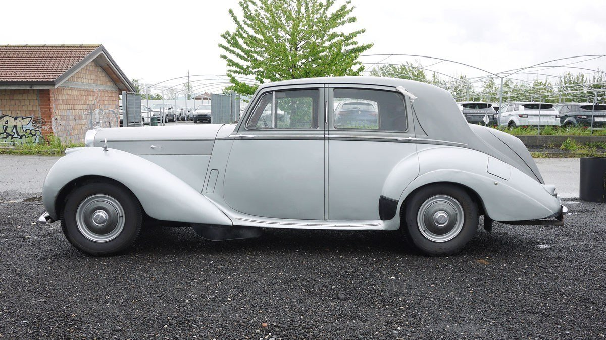 1955 Bentley R-Type For Sale by Auction (picture 3 of 4)