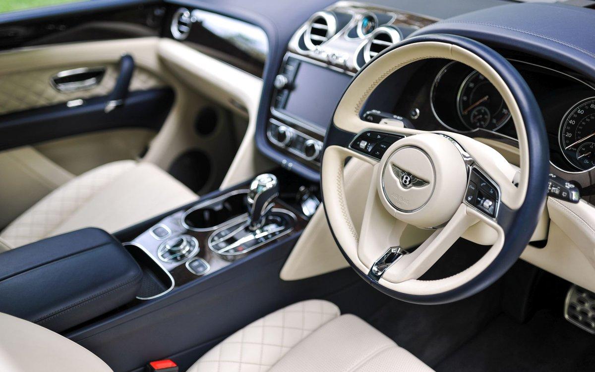 2016 Bentley Bentayga W12 Auto - Enormous Spec! SOLD (picture 5 of 6)