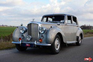 1953 Bentley R Type Saloon Highly original example For Sale