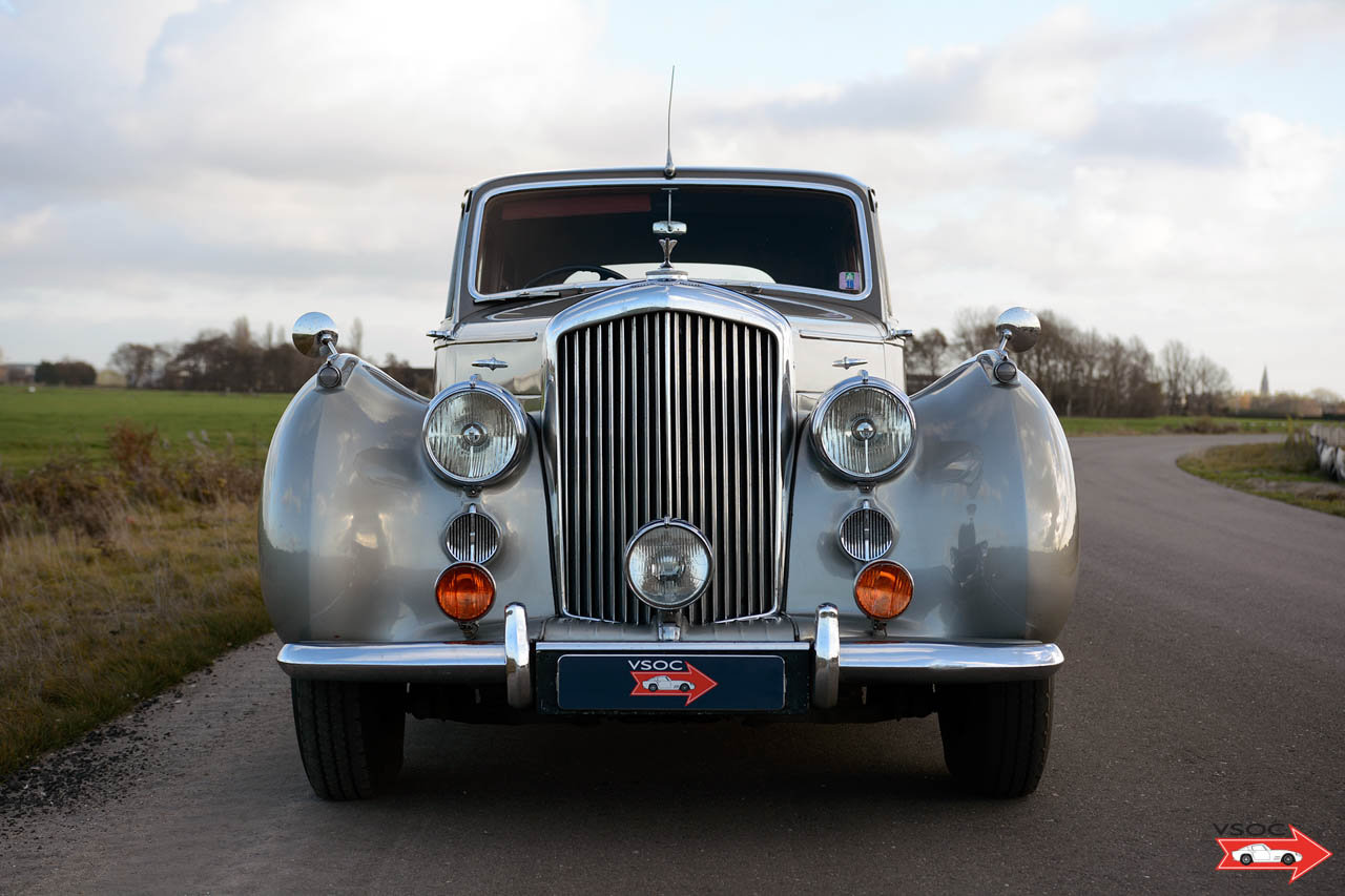 1953 Bentley R Type Saloon Highly original example For Sale (picture 3 of 6)