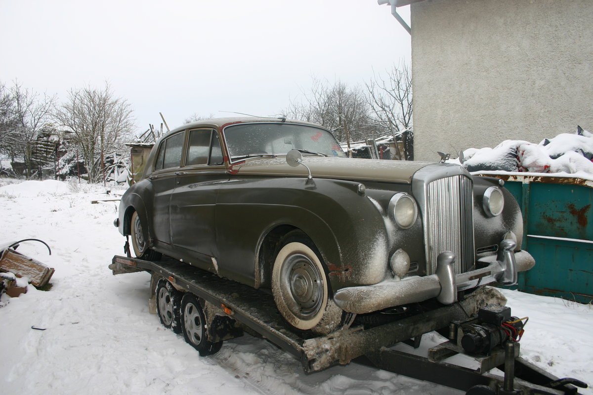 1959 RHD Bentley S2 with AC, New leather incl For Sale (picture 1 of 5)