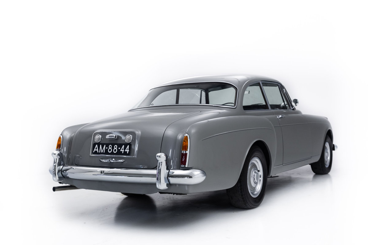 1959 Bentley S2 Continental Coupe by HJ Mulliner For Sale (picture 3 of 6)