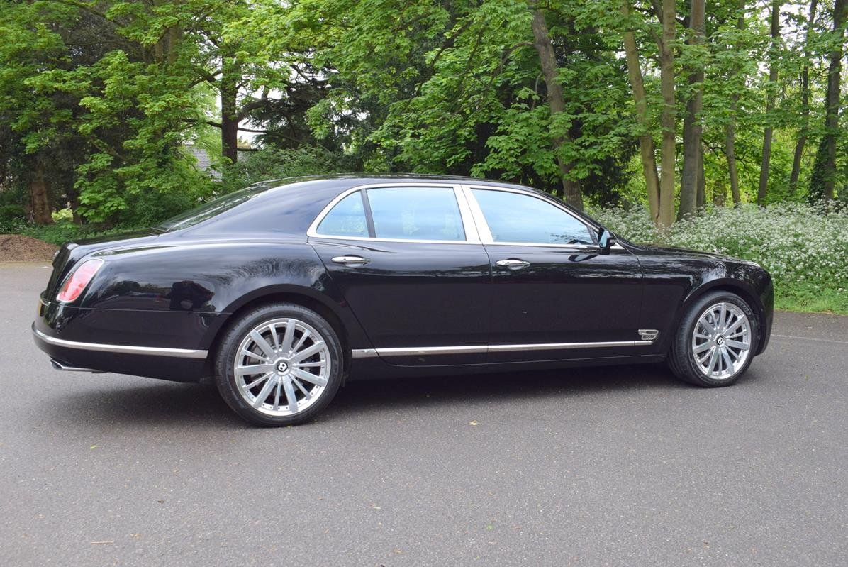 2014/14 Bentley Mulsanne Mulliner in Onyx For Sale (picture 4 of 6)
