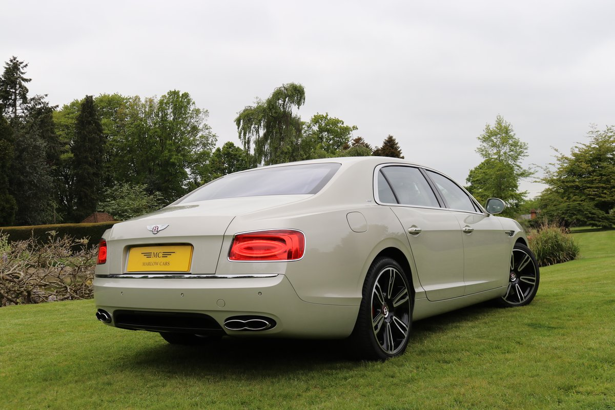 2017 BENTLEY FLYING SPUR V8S For Sale (picture 4 of 6)
