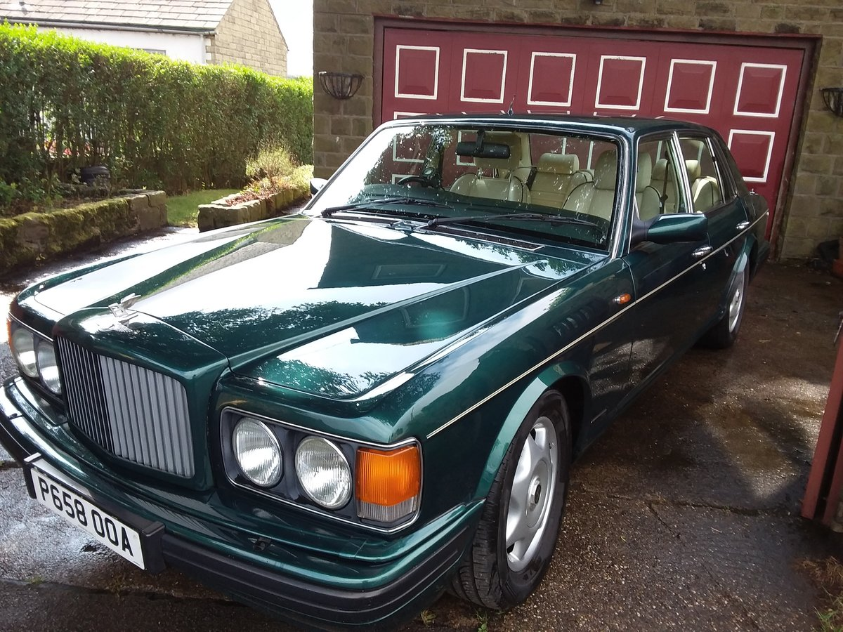 Bentley Brooklands Turbo 1997 For Sale (picture 2 of 6)