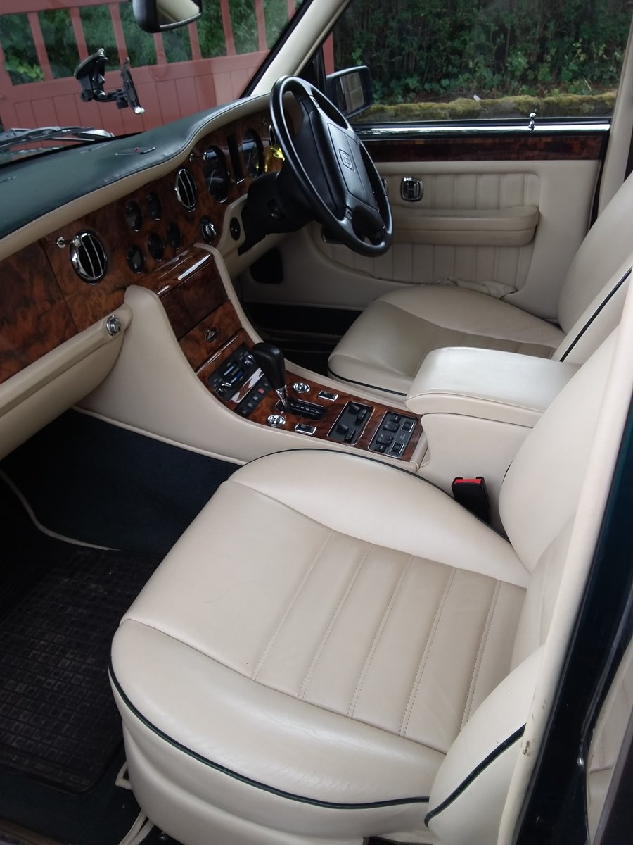 Bentley Brooklands Turbo 1997 For Sale (picture 4 of 6)