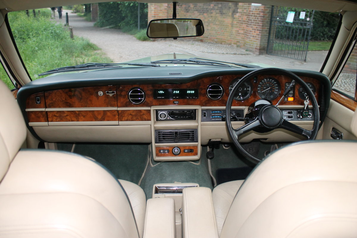 1984 Breathtaking Bentley Mulsanne Turbo With Low Mileage & FSH For Sale (picture 4 of 6)