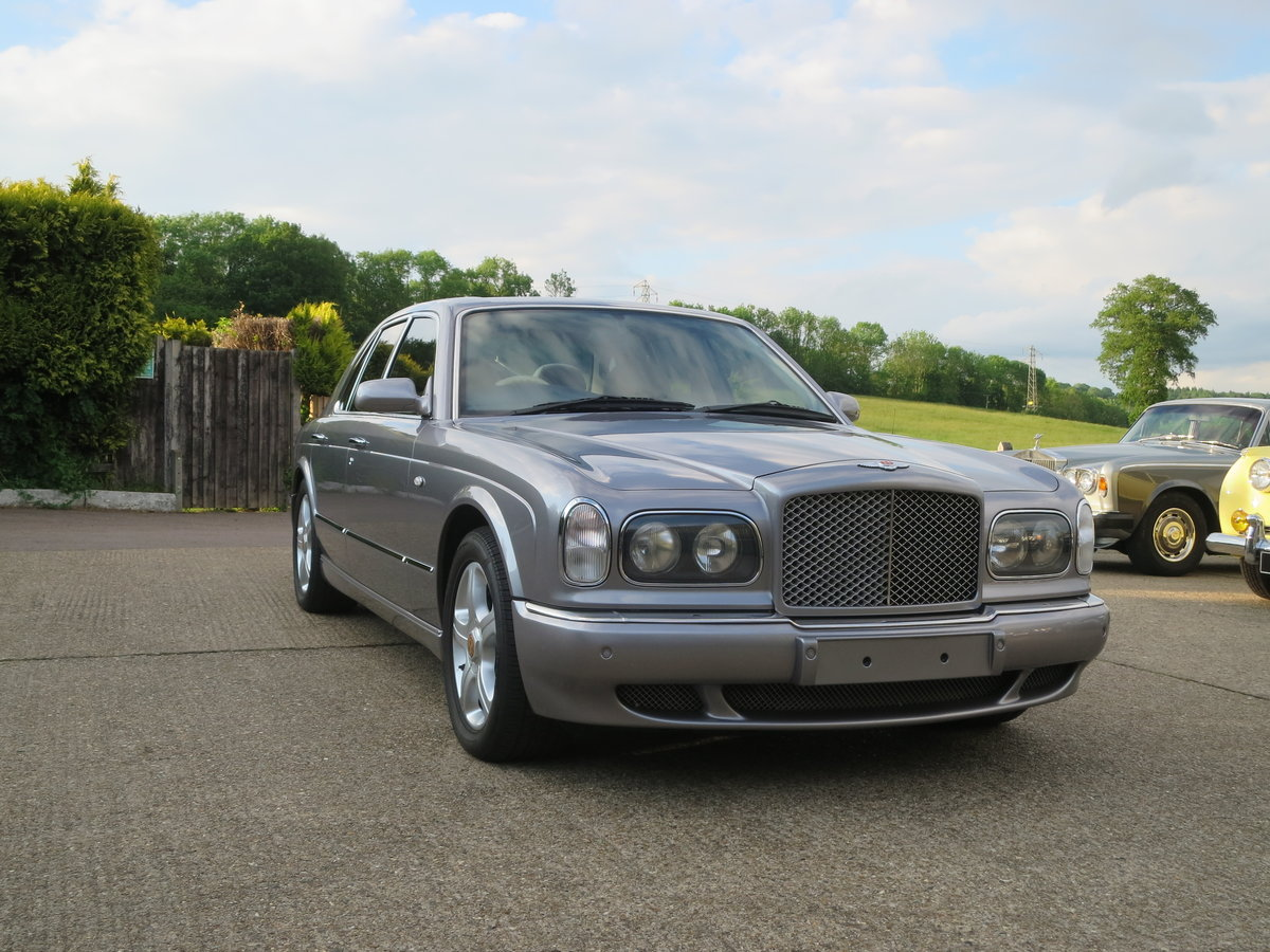 2001 Bentley Arnage Red Label SOLD (picture 1 of 6)