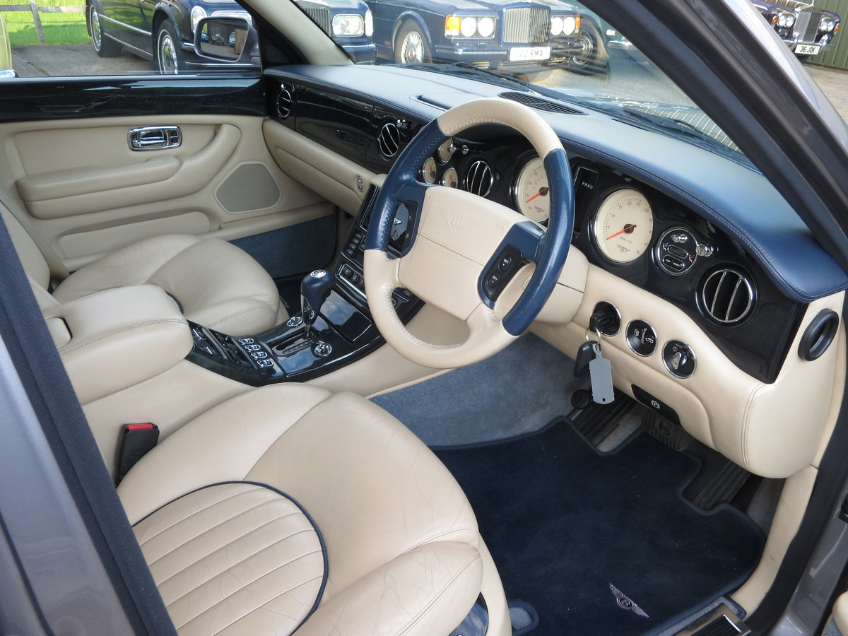 2001 Bentley Arnage Red Label SOLD (picture 5 of 6)