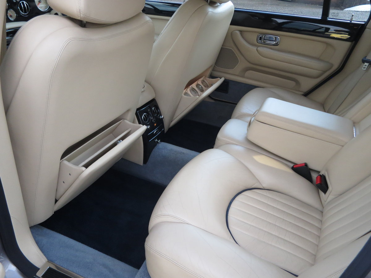 2001 Bentley Arnage Red Label SOLD (picture 6 of 6)