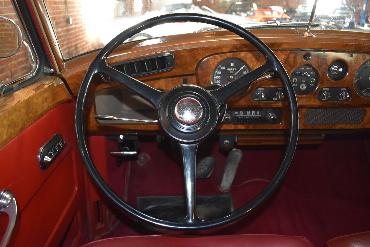 1961 Bentley S2 Saloon For Sale (picture 3 of 6)