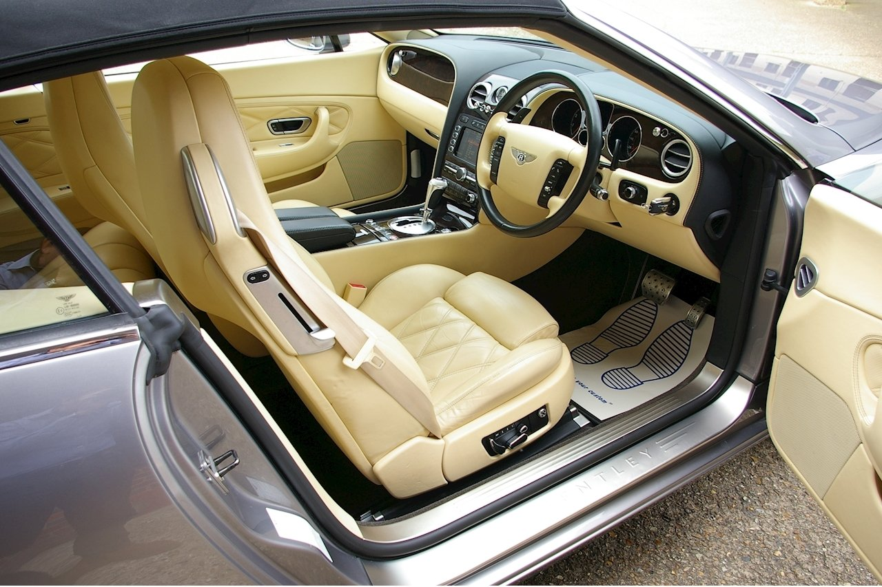2008 Bentley Continental 6.0 W12 GTC MULLINER (37,545 miles) SOLD (picture 4 of 6)