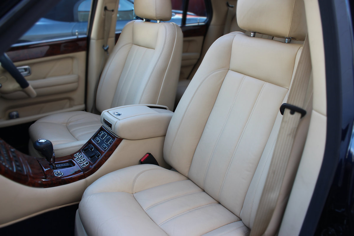 2002 Bentley Arnage 6.8 R 4dr AVAILABLE SHORTLY , LOW MILES For Sale (picture 2 of 6)