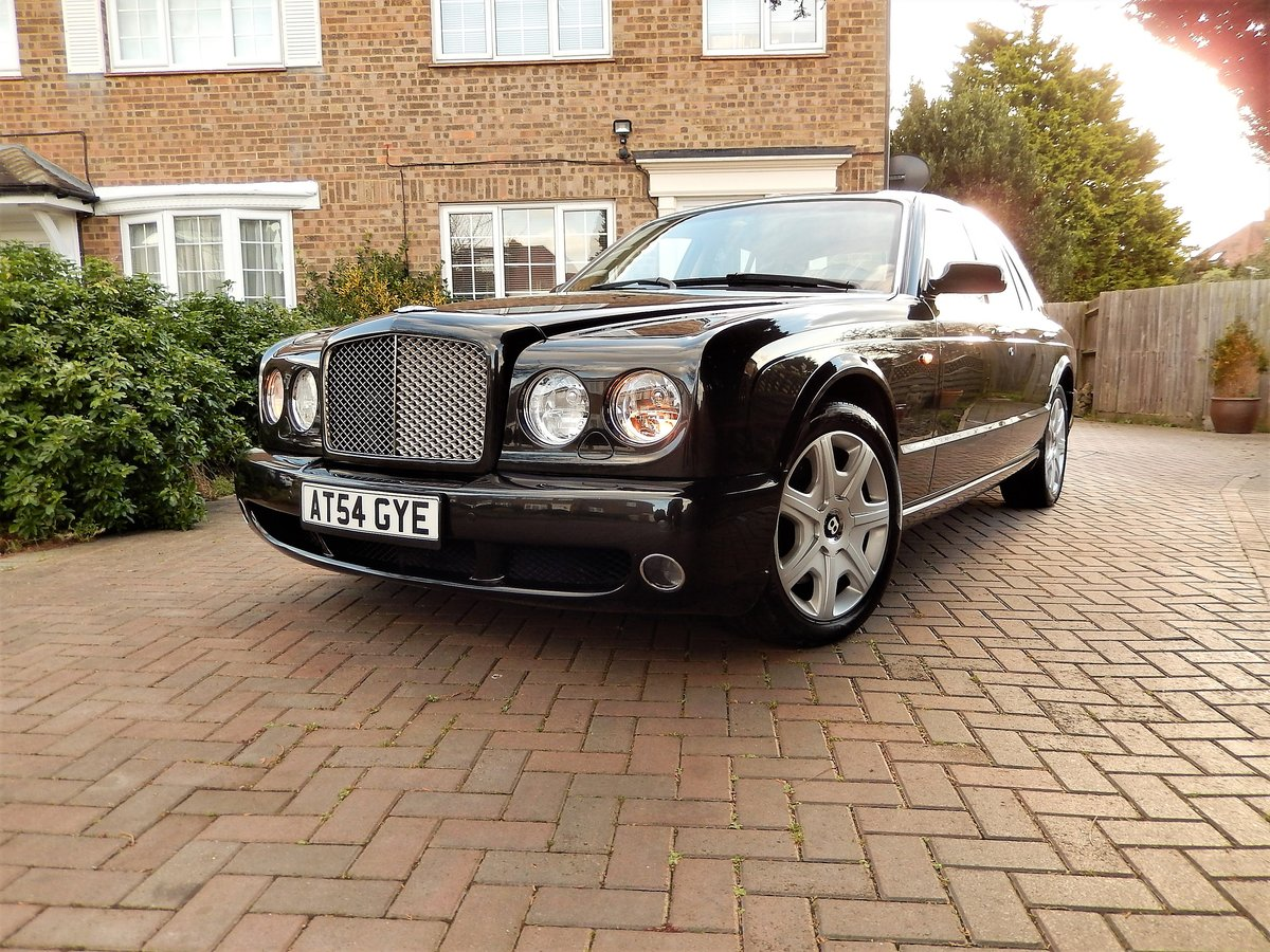 2005 LHD ARNAGE T TWIN TURBO -- 2 owners  For Sale (picture 5 of 6)