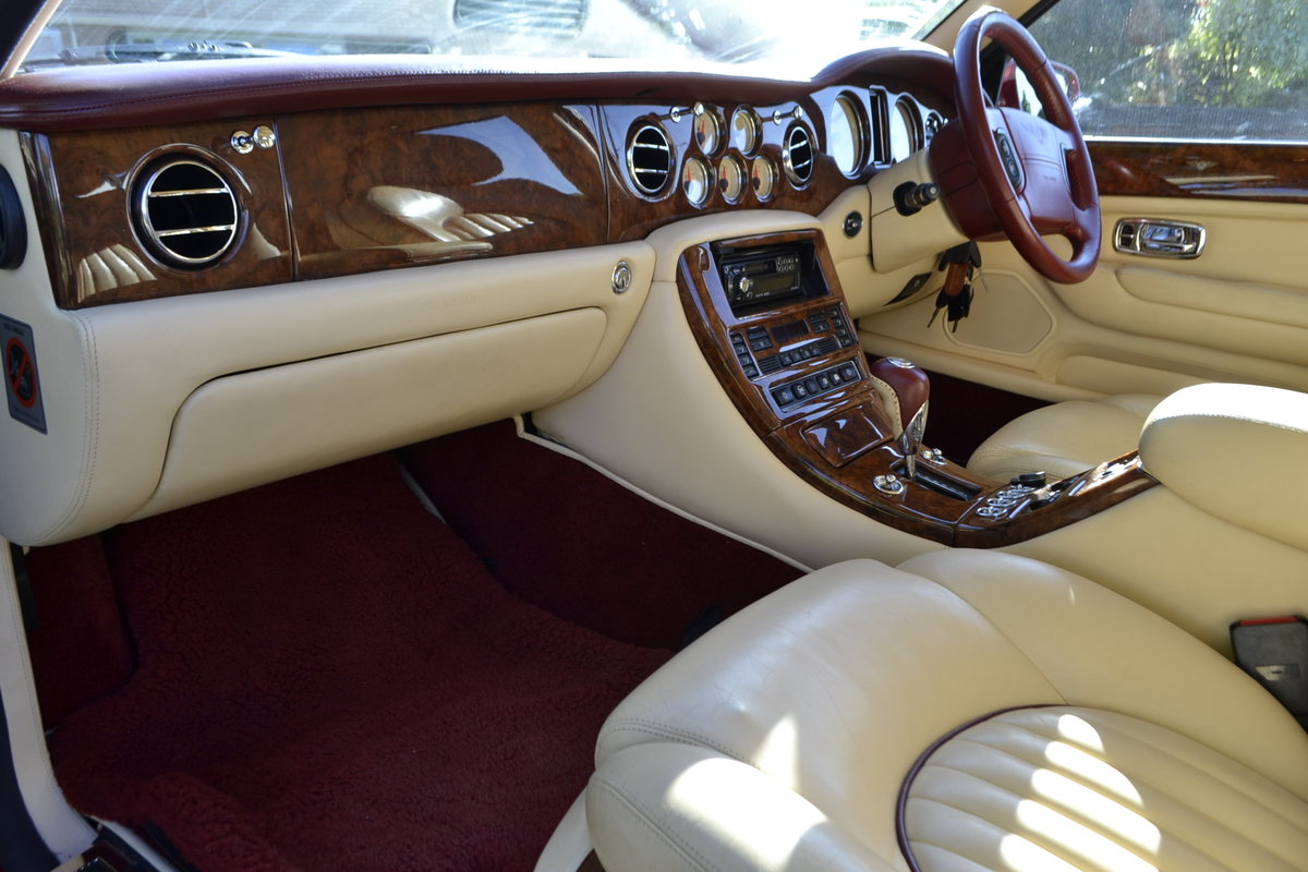 2000 Bentley Arnage Red Label For Sale (picture 7 of 11)