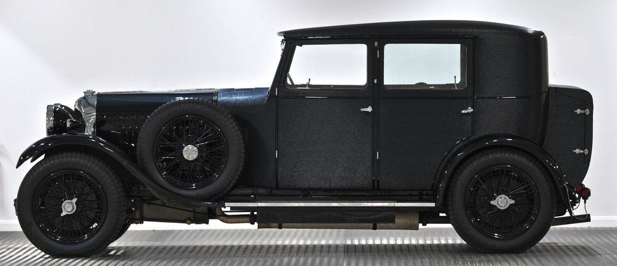 1929 4 1/2 Litre H.J. Mulliner Weymann Saloon For Sale (picture 3 of 6)