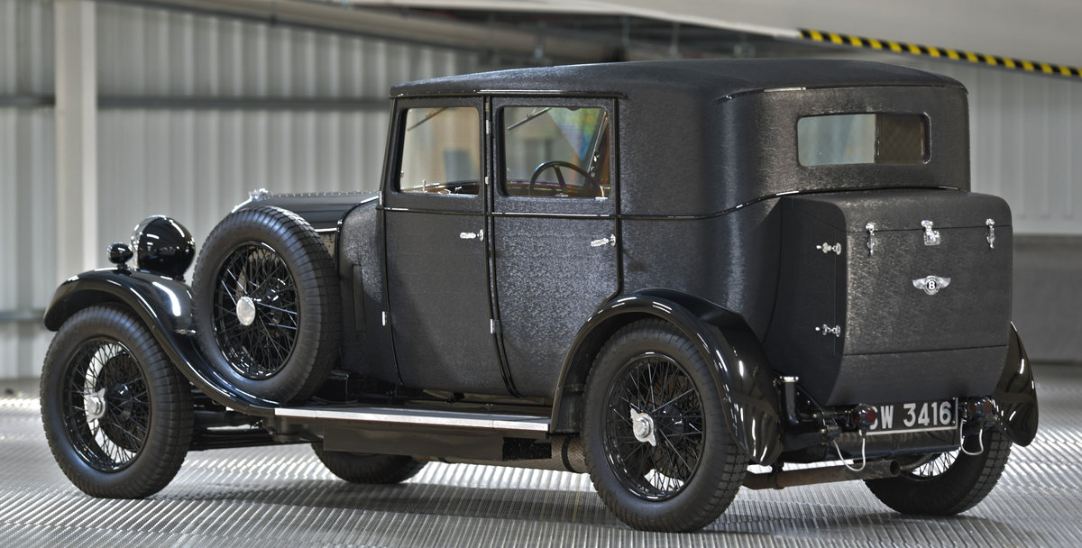1929 4 1/2 Litre H.J. Mulliner Weymann Saloon For Sale (picture 4 of 6)