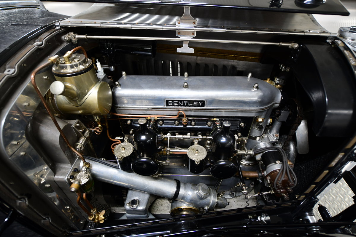 1929 4 1/2 Litre H.J. Mulliner Weymann Saloon For Sale (picture 6 of 6)