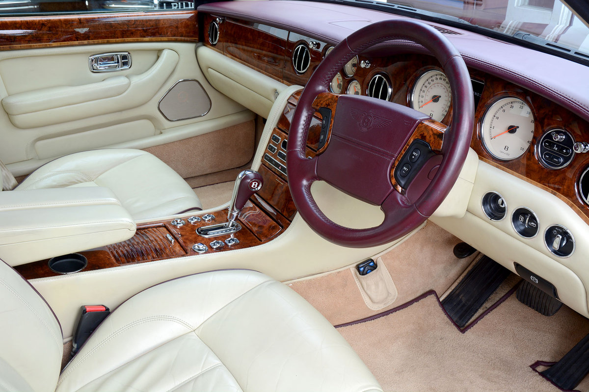 2005 Bentley Arnage RL For Sale (picture 2 of 6)
