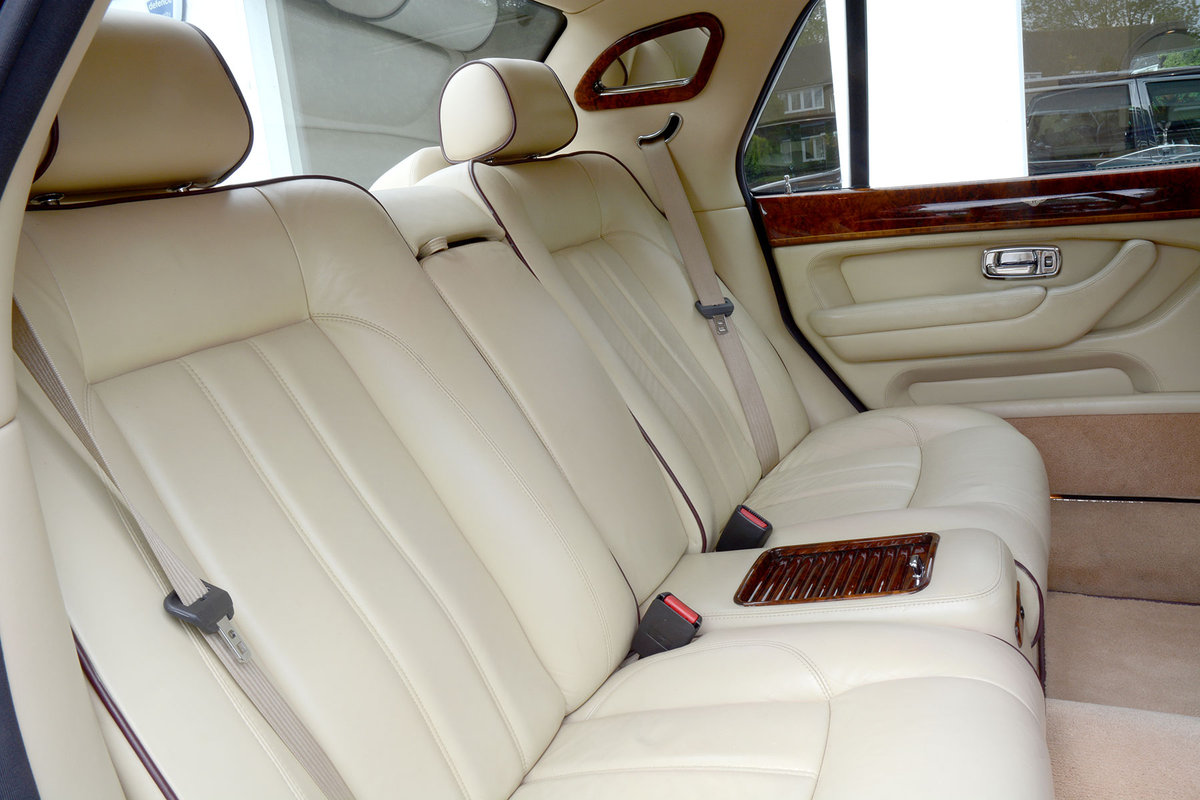 2005 Bentley Arnage RL For Sale (picture 4 of 6)