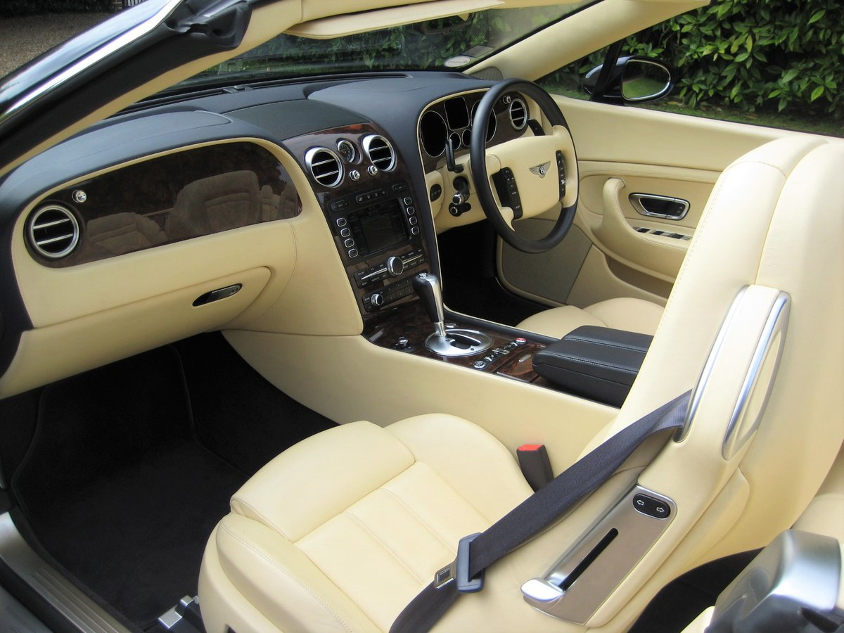 2007 Bentley GTC 1 Owner With Just 15,000 Miles From New For Sale (picture 3 of 6)