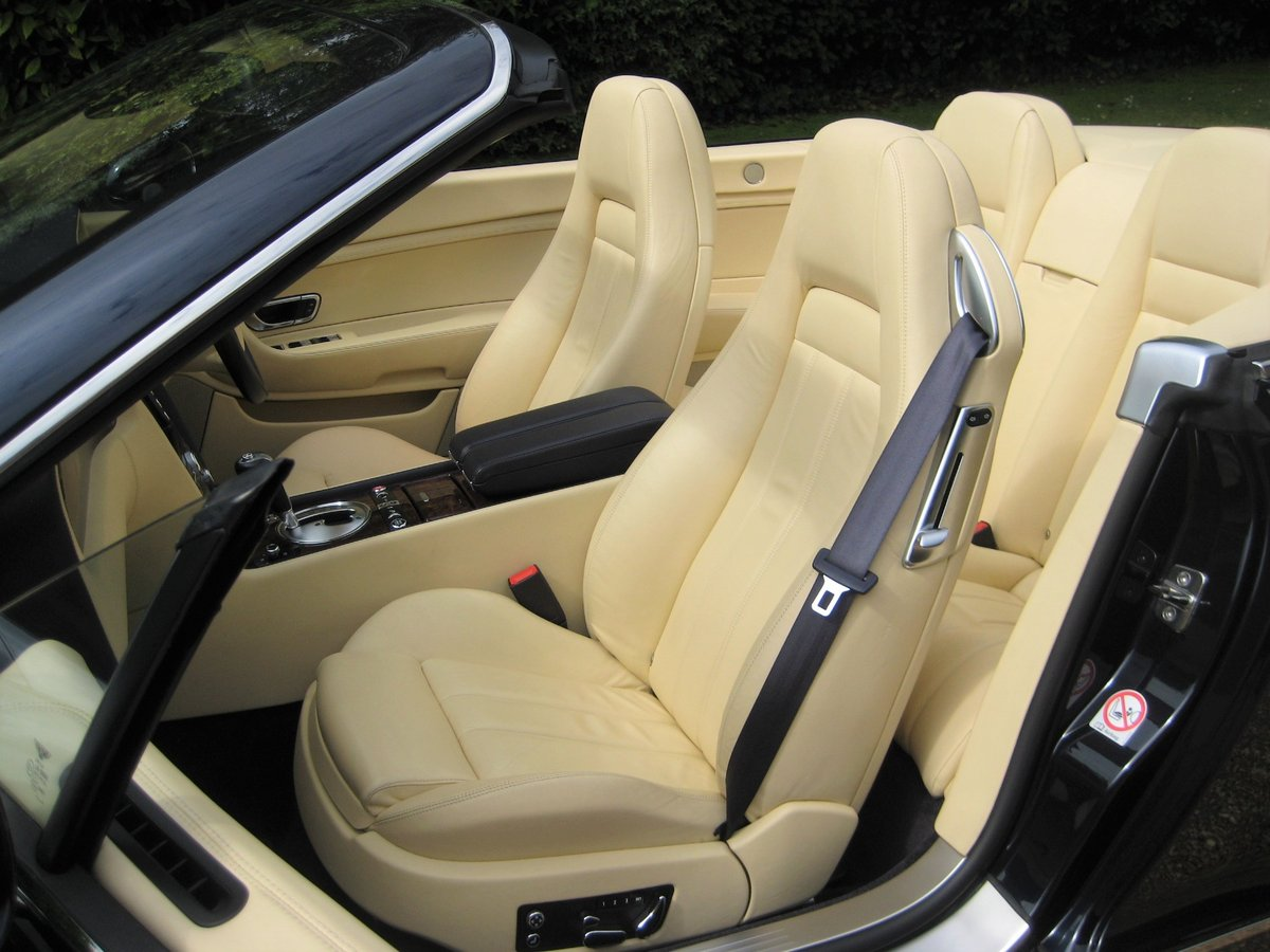 2007 Bentley GTC 1 Owner With Just 15,000 Miles From New For Sale (picture 4 of 6)