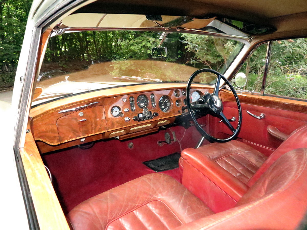 1958  Bentley S1 Continental H. J. Mulliner Fastback BC6EL For Sale (picture 4 of 6)
